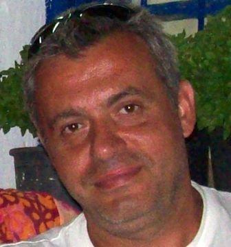 """Πάτρα: ΣΟΚ στην τοπική κοινωνία - """"Έφυγε"""" από τη ζωή σε ηλικία 52 ετών ο οδοντίατρος Γιάννης Σόμπολος"""