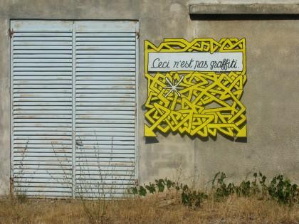 961224_ceci_nest_pas_graffiti.jpg