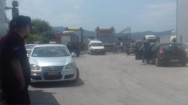 Φρίκη στο Αγρίνιο: Τρύπωσε στο λεωφορείο και βρήκε τραγικό θάνατο - Τον εντόπισαν στο σασμάν του οχήματος (Photos)