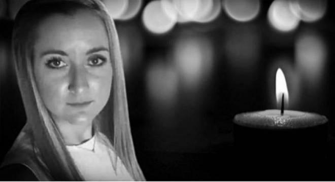 """Μήνυση κατά παντός υπευθύνου από την οικογένεια της 27χρονης Δώρας από το Βαρθολομιό που """"έσβησε"""" μετά τη γέννα του παιδιού της"""