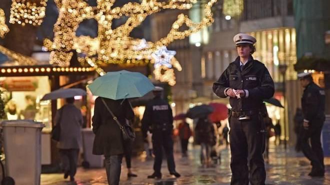 Κλειστές οι χριστουγεννιάτικες αγορές στο Βερολίνο - Ενισχύονται τα μέτρα  ασφαλείας b464c6edde7