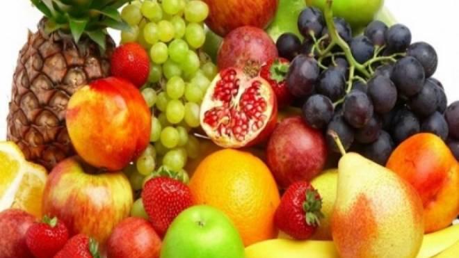 94ae01b3e16 Τρία καλοκαιρινά φρούτα με αρκετές θερμίδες   tempo24.news