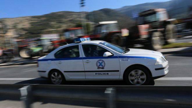 Αποτέλεσμα εικόνας για Τρελή πορεία Ρομά με κλεμμένο όχημα στη Λευκάδα! Συνελήφθη μετά από καταδίωξη στη Βόνιτσα