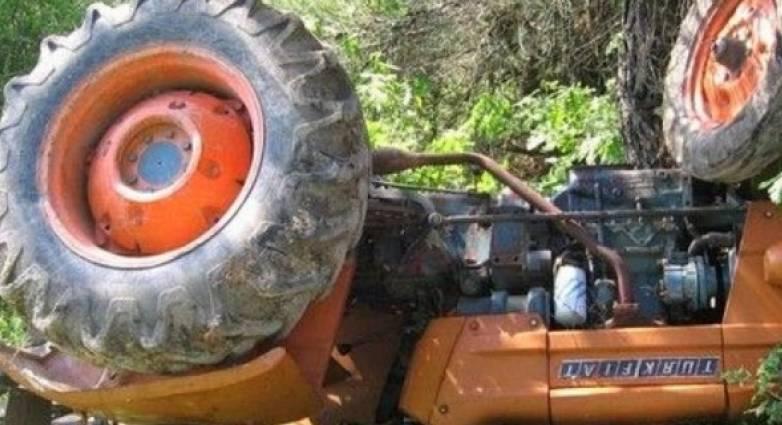 Τραγωδία στην Αταλάντη: Νεκροί δυο άνδρες που καταπλακώθηκε από τρακτέρ (ΦΩΤΟ)